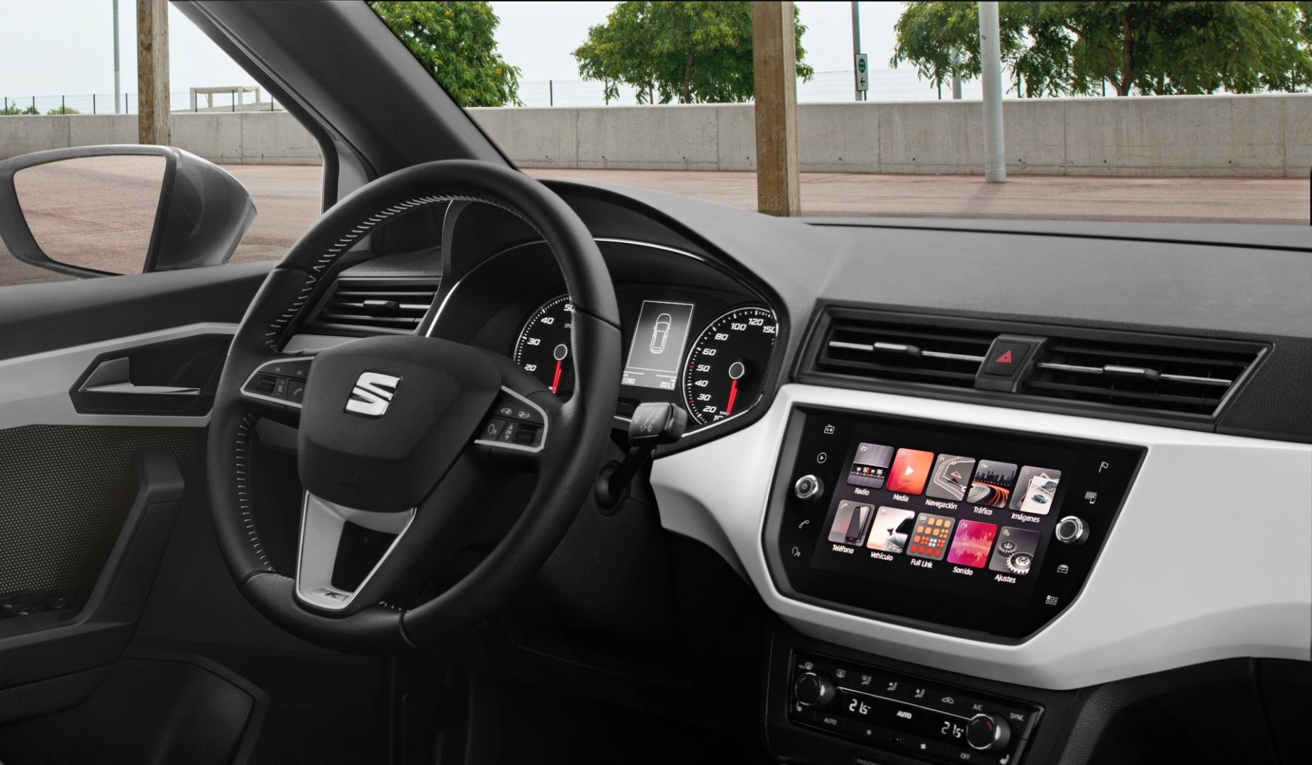 seat arona a capable town crossover car grand magazine. Black Bedroom Furniture Sets. Home Design Ideas