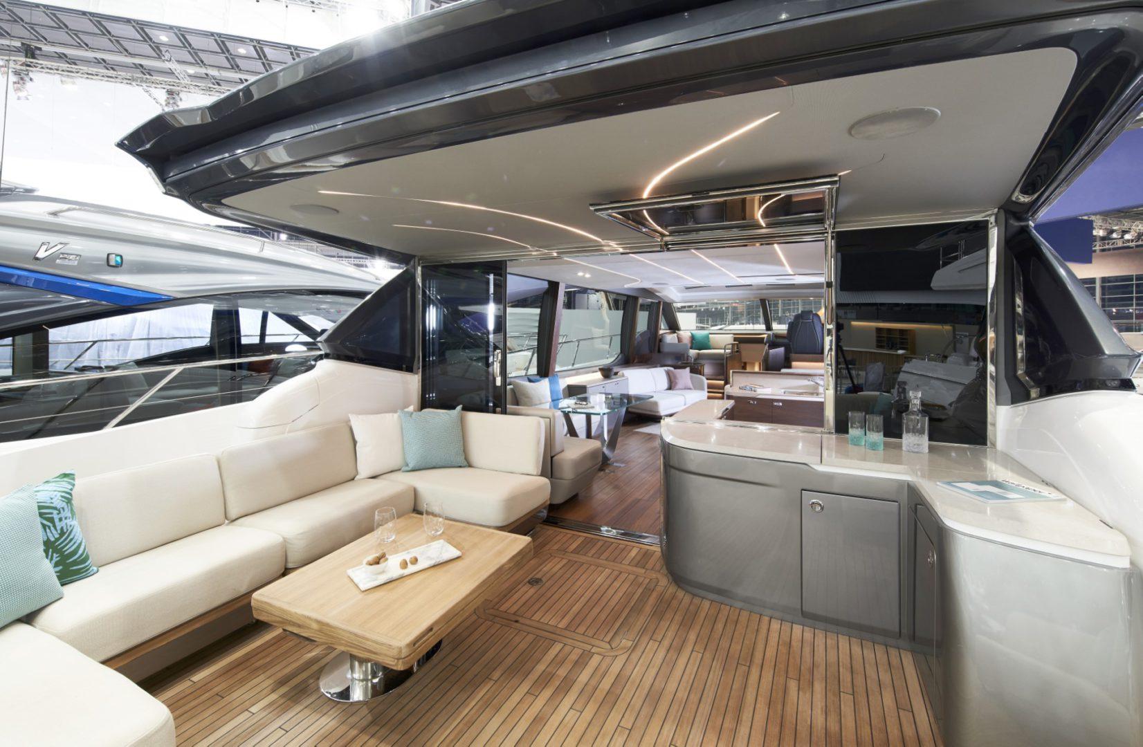 Princess V78 interior